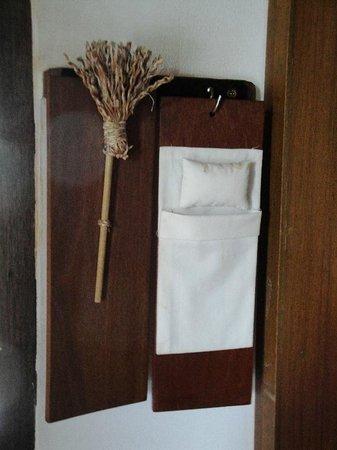 GLOW Elixir Koh Yao Yai: Lovely detail of Room 193 (Hillside Pool Villa) => Please clean up my room/Please do not disburg