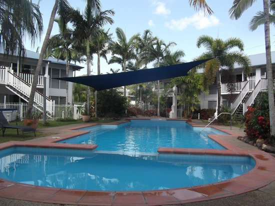 Best Western Mango House Resort: Resort pool and spa.