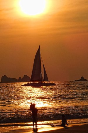 Sunscape Dorado Pacifico Ixtapa: Sunset cruise.