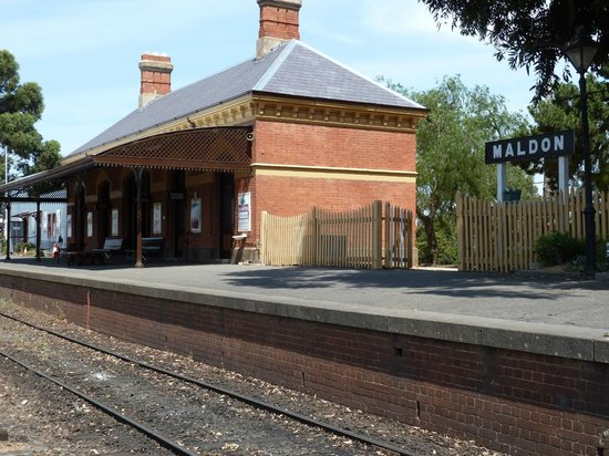 Main Street: Maldon Station
