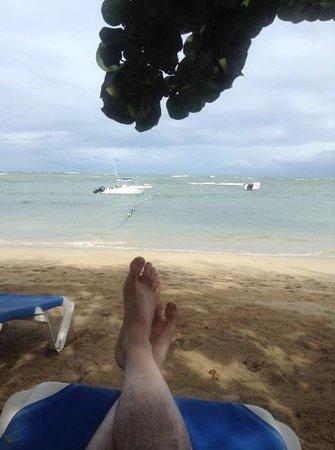 Grand Bahia Principe El Portillo: Ne pas se baigner de ce côté de l'enclave, la pente descend très rapidement et il y a des récifs