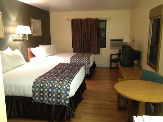 Motel 6 Troy: our other room
