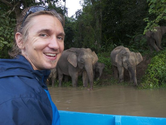 Osman's Homestay: Roger with the Bornean elephants