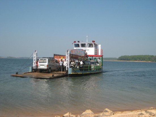 Shimoga, India: Ferry Ride @ shravathi river to reach other end