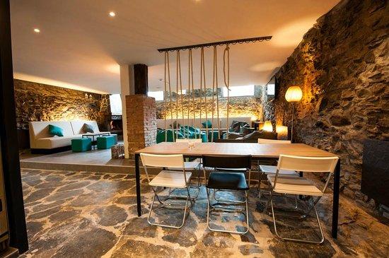 Mountain Hostel Tarter: Living - dinning room