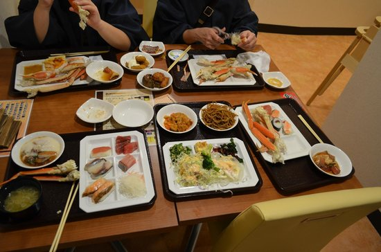 Fuefuki, Japan: 蟹の食べ放題でしたが?イマイチ