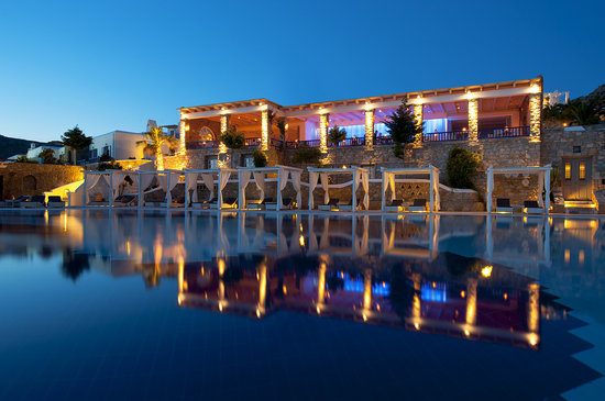 Mykonos Grand Hotel & Resort: Restaurant Elevation
