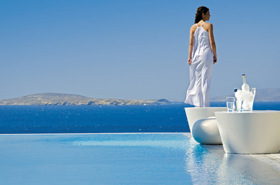 Mykonos Grand Hotel & Resort: Enjoying the refreshing breeze