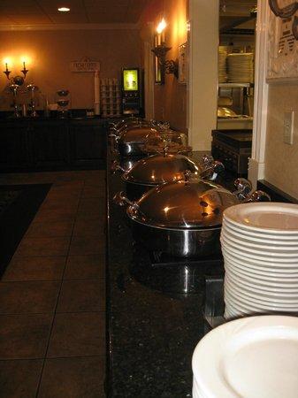 AmishView Inn & Suites: breakfast area