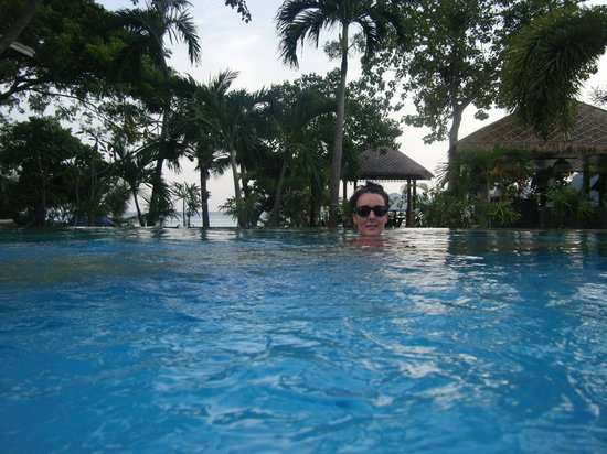 Phi Phi Villa Resort: Pool