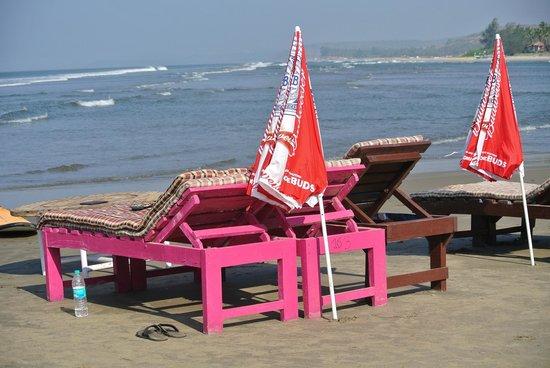 Ashwen Beach: The beach