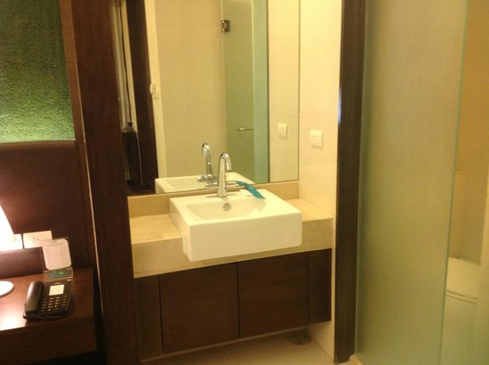 Jasmine Resort Hotel: salle de bain