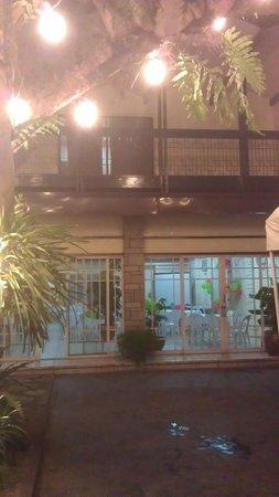 Domicilio Lorenzo Apartelle: view of our room veranda