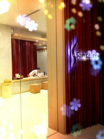 S Sense Spa: front door