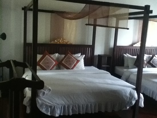 Khoum Xiengthong Guest House: Family bedroom