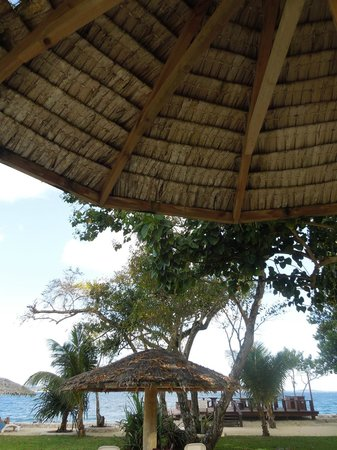 Island Magic Resort: Shade from the island sun