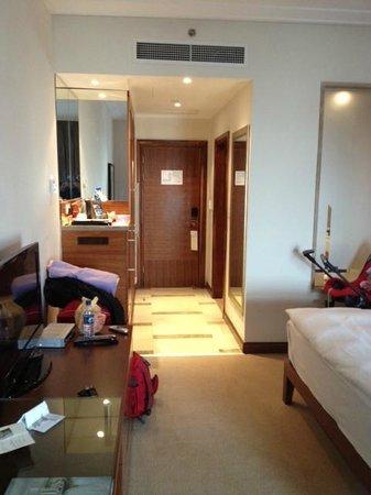 Movenpick Hotel Ramallah: room