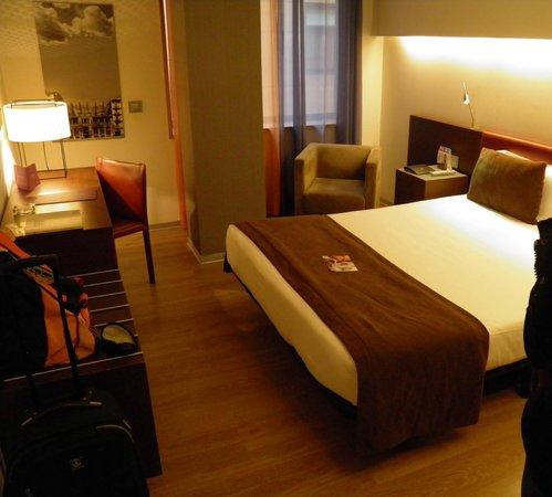 Ayre Hotel Gran Via: Camera