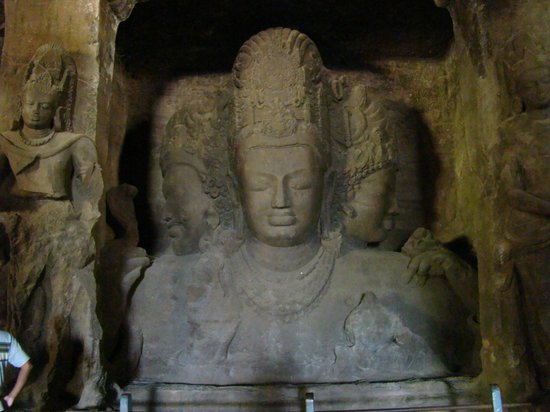 ‪‪Elephanta Caves‬: Tri headed Shiva‬