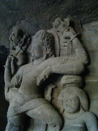 埃勒凡塔石窟(象島石窟)照片