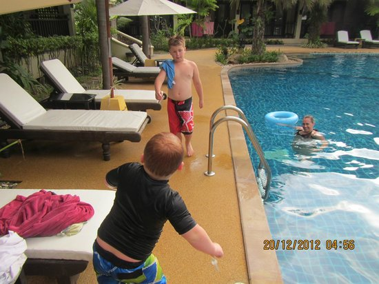 Am Samui Palace: Kids love the pool