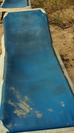 Kawann Beach Hotel: chaise longue très accueillante