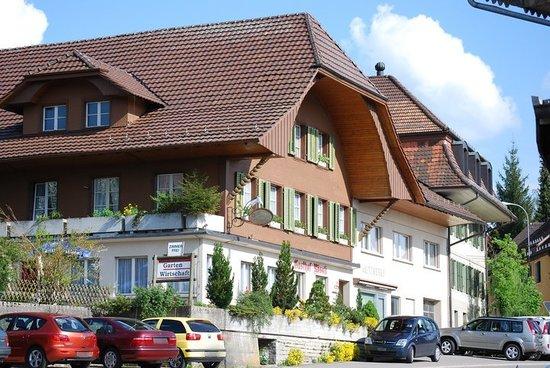 Gasthof zum Rössli Gondiswil : Aussenansicht Gasthof zum Rössli Gondiswil