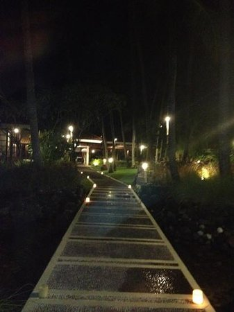 Melia Bali: вечерний мелиа Бали