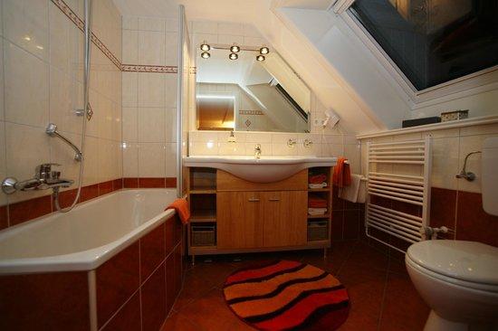 WC-Badbeispiel Inselhotel Arfsten