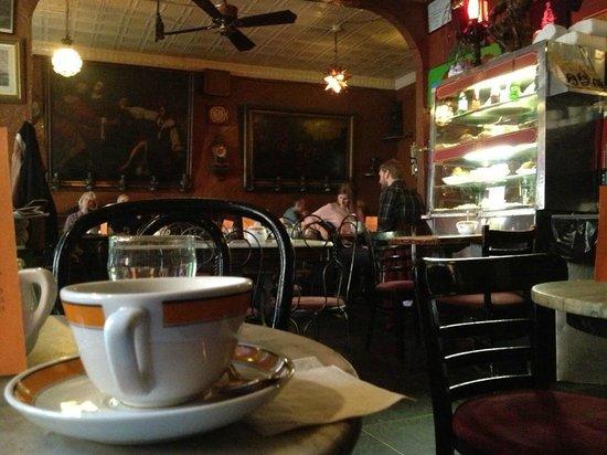 Caffe Reggio: Innenansicht