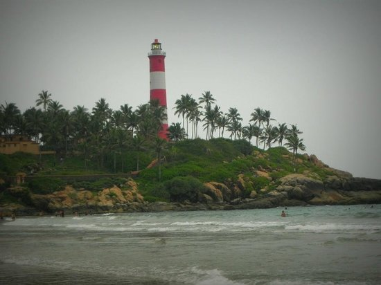 Lighthouse Beach : Light House