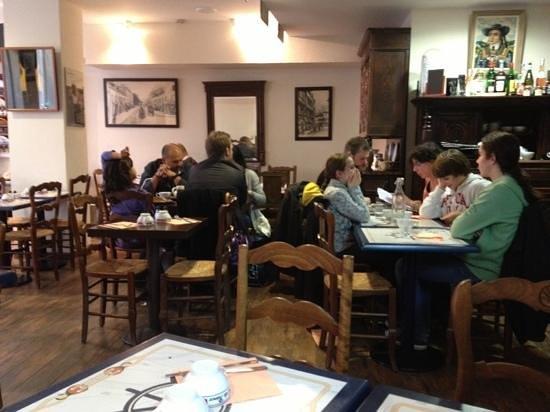 Le Faste Breton: la salle