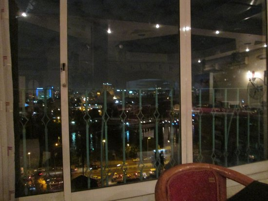 Pharaohs Hotel & Casino: View from Restuarant