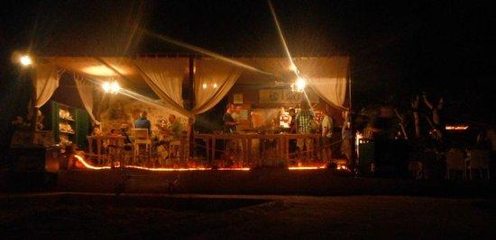 Liberty Restaurant & Lounge Bar: Bei Nacht Restaurant