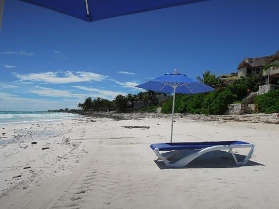 Mezzanine Colibri Boutique Hotel: la spiaggia