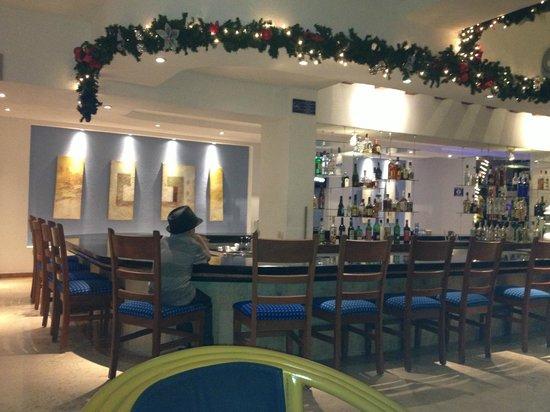 Occidental Costa Cancun: le bar du hall...