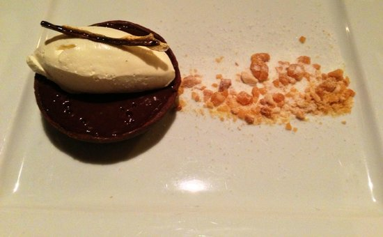 Stravaigin: Salted Chocolate Tart and Peanut Brittle