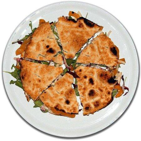 """Tarzo, Italia: La famosa pizza """"Pasqualina"""".... una vera delizia!!"""