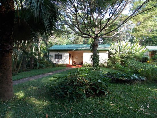 Mount Meru Game Lodge & Sanctuary: Rms. 7 and 8? closer to the Usa River