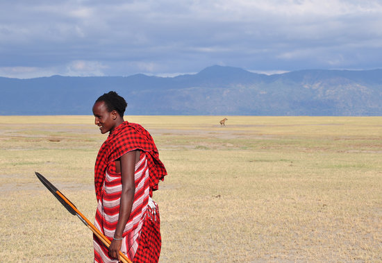Arusha, Tanzanya: walk with Masai guides near Old Tukai