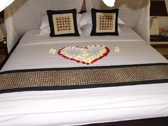 Barong Resort and Spa: Anniversary flowers