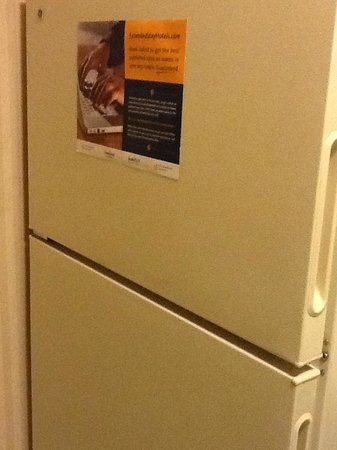 Extended Stay America - Des Moines - West Des Moines: Refrigerator