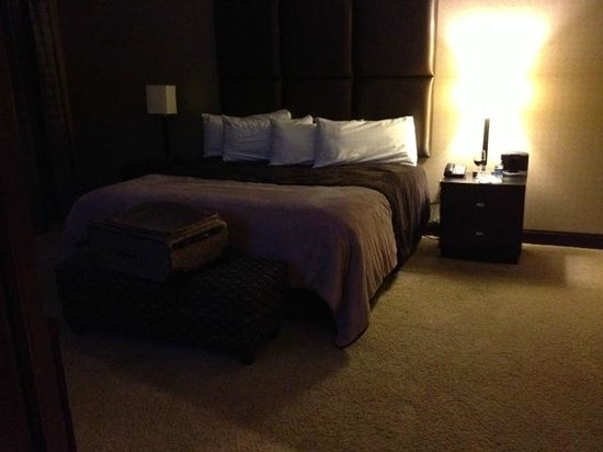 IP Casino Resort: Suite Bedroom;  it could use more/better lighting