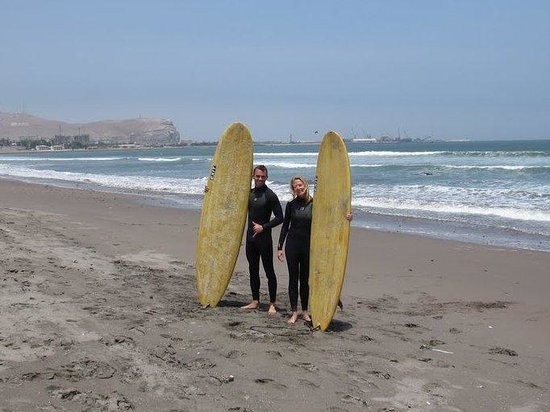 Magic Chile International Surf School : ready to paddle out into perfect surf