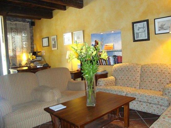 Hotel Los Arcos: Recepción