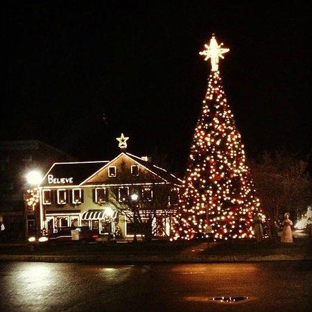 Gettysburg Christmas Tree Lighting 2021 The Pub At Christmas Picture Of The Pub Restaurant Gettysburg Tripadvisor