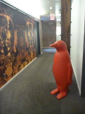 21c Museum Hotel Louisville: Penguins