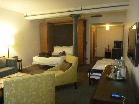 21c Museum Hotel Louisville: Room 101