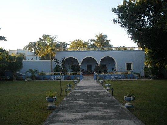 Hacienda San Pedro Nohpat: Front of hacienda