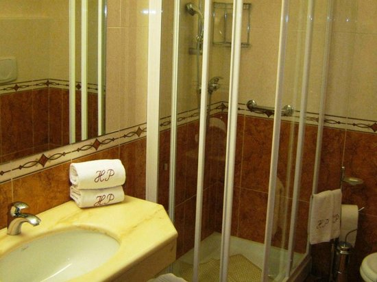 Green Park Hotel: BAGNO